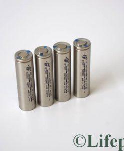 Lõi cell Lithium và phụ kiện pin